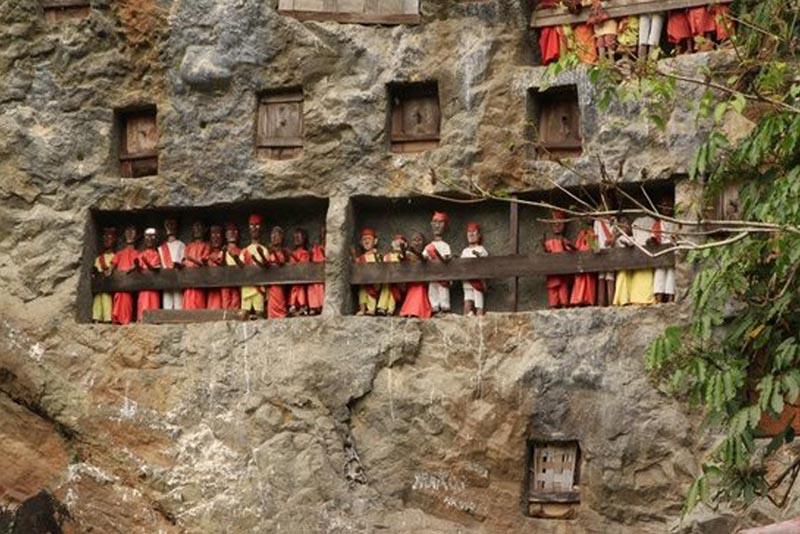 Gua Londa - tempat wisata di toraja
