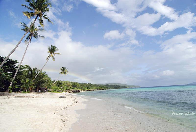 Pantai Nirwana - Pantai pulau buton - achmad-rio_flickr