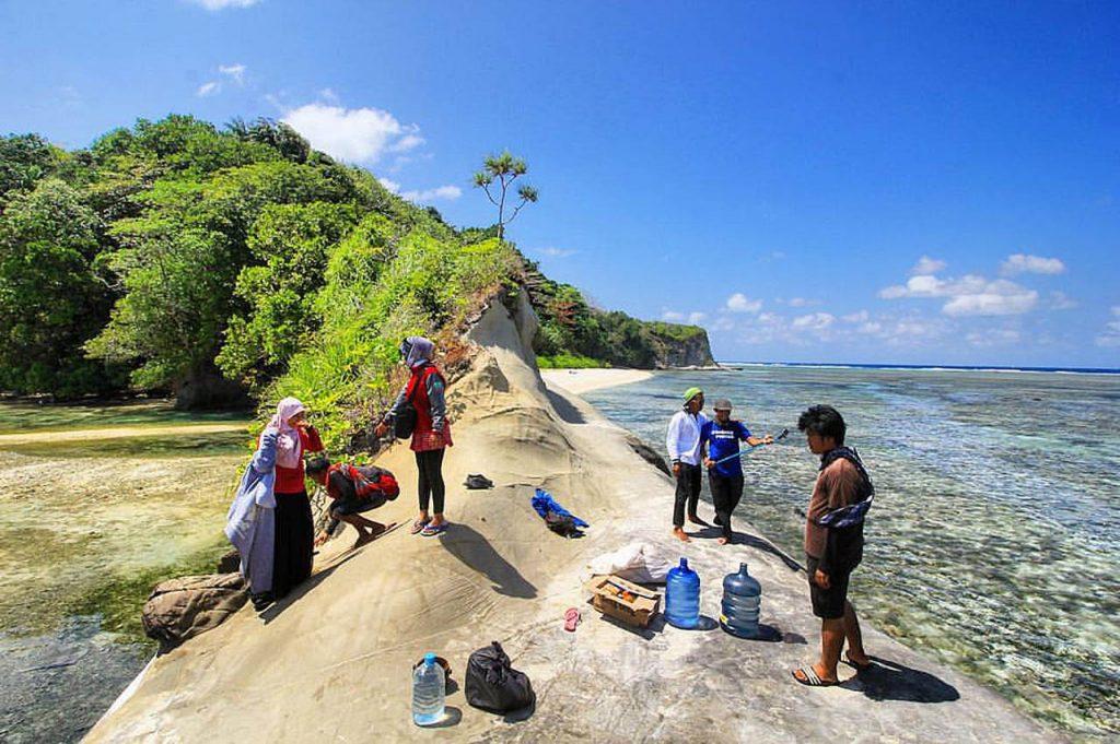 Pulau Enggano - Sofyan Rafflesia - flickr - fianso