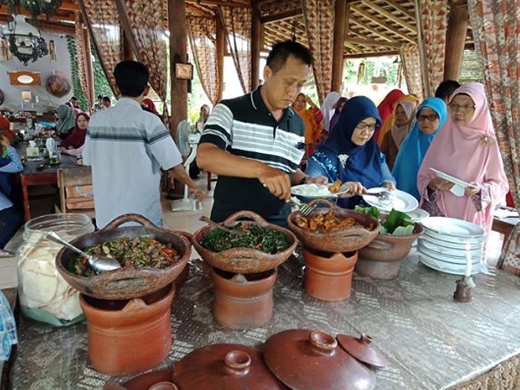 Umaeh Inyong - kuliner purwokerto - tempat makan di purwokerto