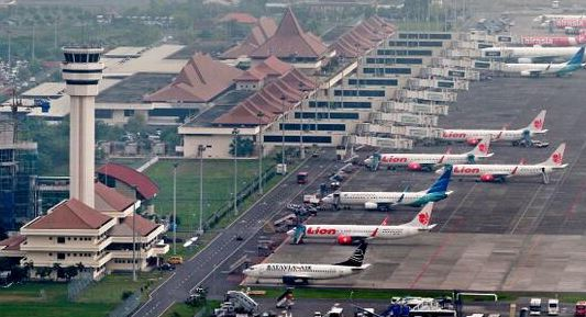 jakarta surabaya flight schedule - wikipedia - Fatur Almakawi