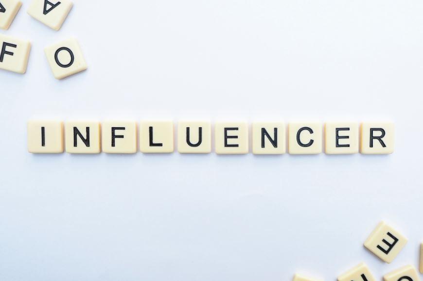 apa itu influencer adalah - Photo by Diggity Marketing on Unsplash