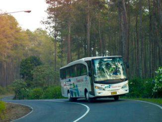 Bus Kramat Djati Bandung