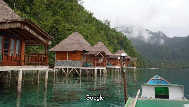 Penginapan di Ora Beach Resort - Pulau Seram - Marianus Filipe Logo - googlemap