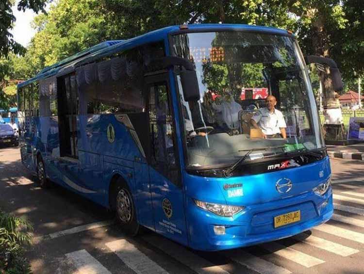 Bus Damri Trans Mataram - @widiodono_budiman