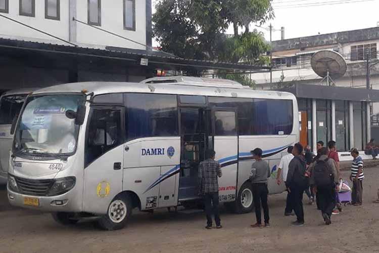 Damri Mataram - Fadly Delott