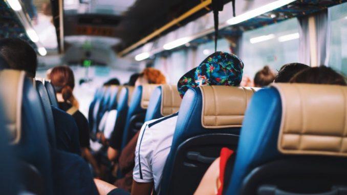 Bus Pontianak Kuching Brunei Darussalam - Photo by Annie Spratt on Unsplash
