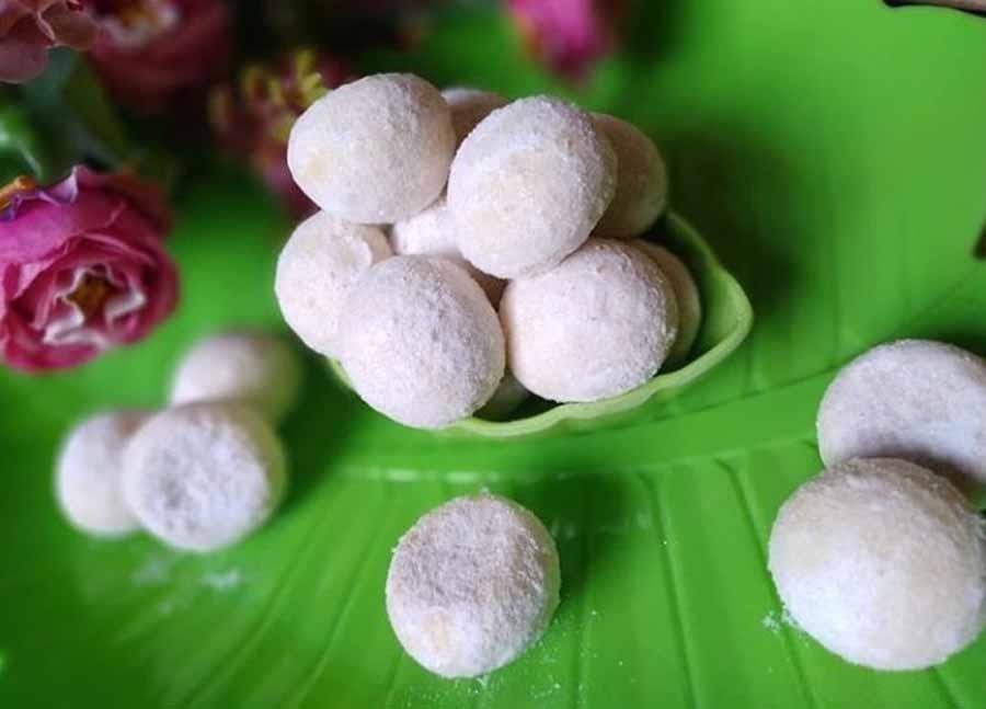 Foto Gambar cara bikin cara buat kue putri salju - @karlinacakengawi