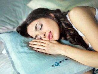 Foto Gambar Manfaat Tidur Siang - Photo by bruce mars on Unsplash