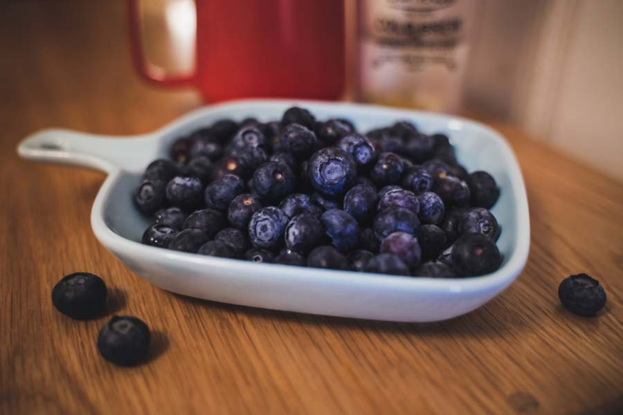 Kandungan dan Manfaat Blueberry Bagi Kesehatan Tubuh Manusia - Foto Gambar jerry wang - cWNDn9xfqx0 unsplash