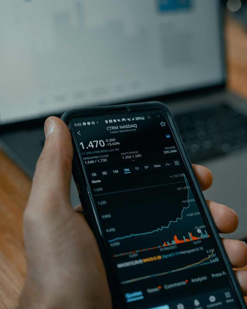 belajar saham bagi pemula - tech daily - HpekD5ujnbQ - unsplash